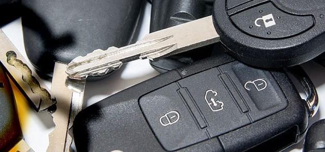 Sustitución y reparación de botones de mandos de coches en Tenerife